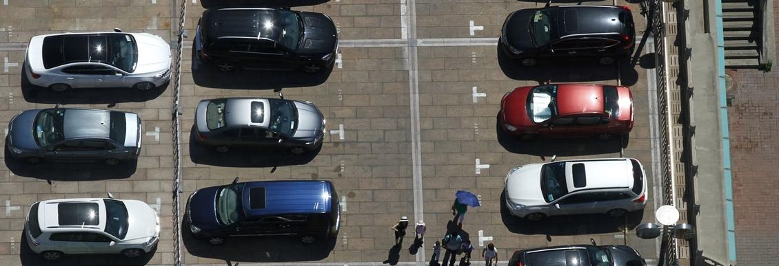 Разметка для парковки во дворе своими силами с помощью недорогой краски ПФ-115